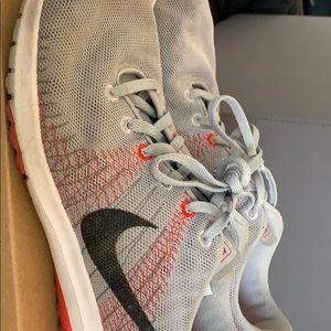 Nike Shoes - Nike fury's flex size 8 men's